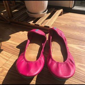 Pink Tieks size 7 - excellent condition